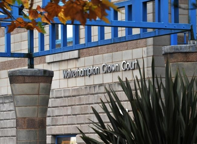 Man who headbutted pregnant partner jailed for breaking restraining order - Dudley News