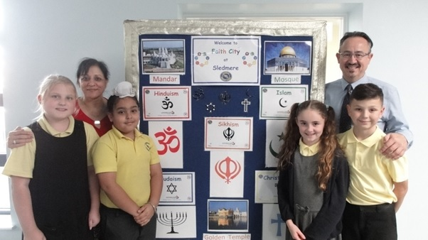 Sledmere Primary School hosts long-running interfaith day - Dudley News