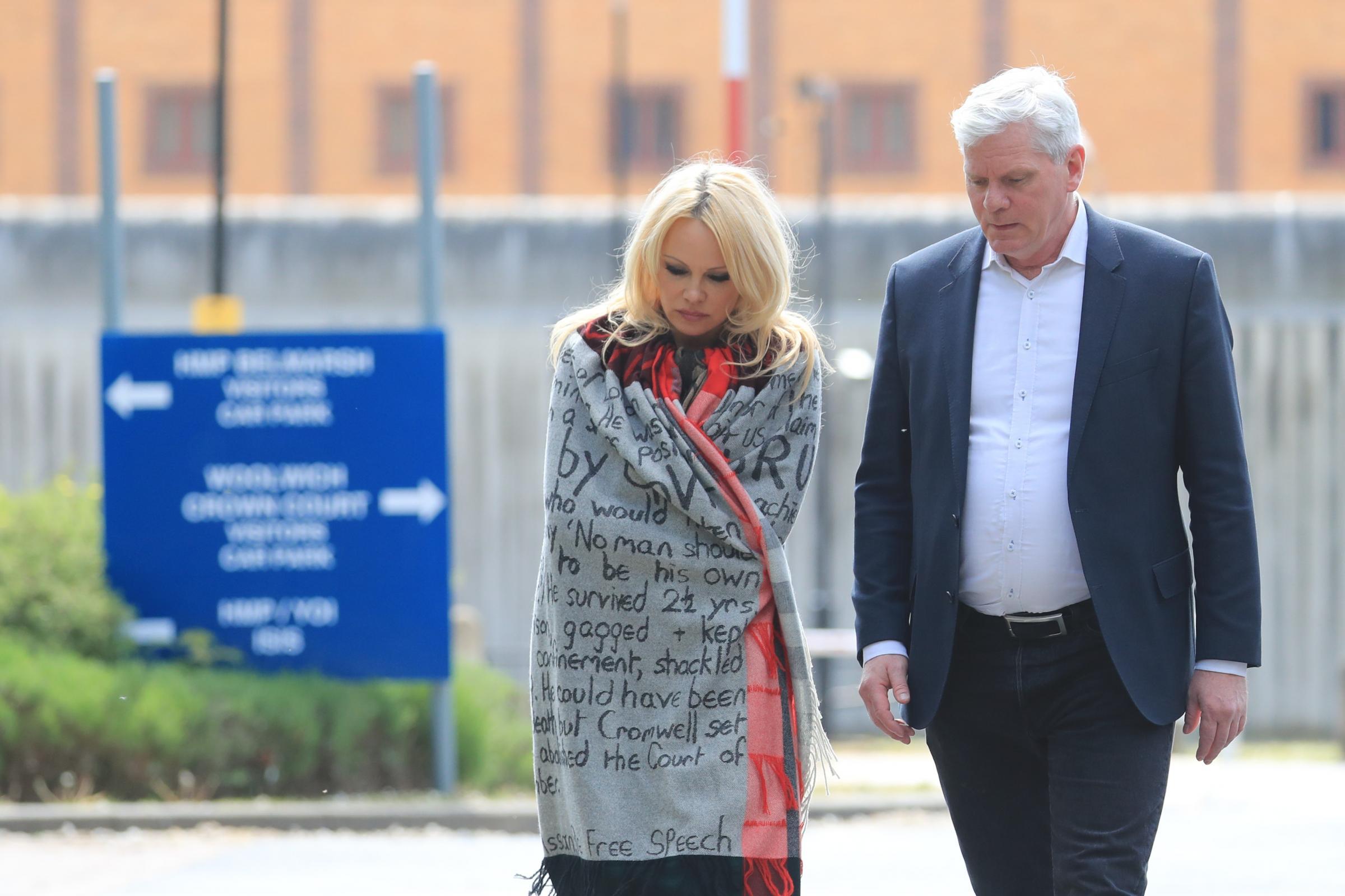 Pamela Anderson cancels prison visit to Julian Assange - Dudley News