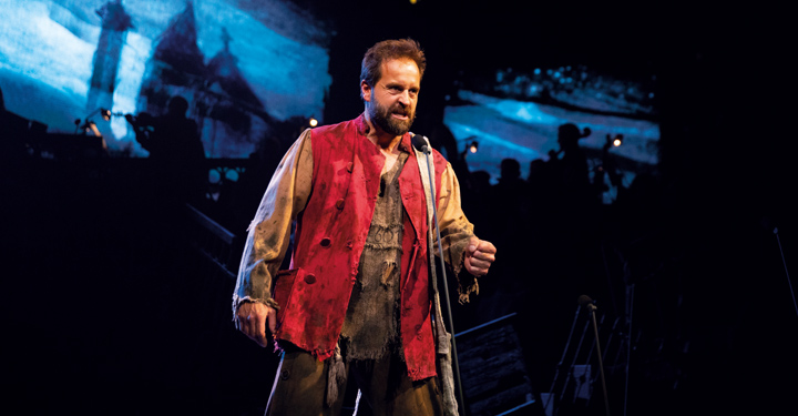 Les Miserables: The Staged Concert Recorded at the Gielgud Theatre