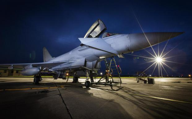 Dudley News: A Typhoon jet