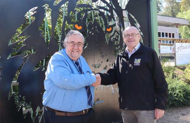 Dr David Beeson (left) with Dudley Zoo director Derek Grove. Photo: Dudley Zoo.