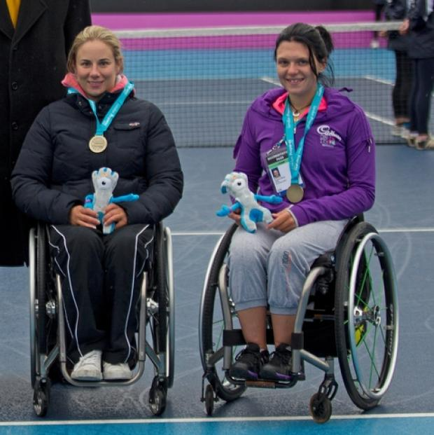 L-R: Lucy Shuker and Jordanne Whiley