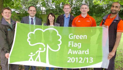 Ewan Chapman (from Leasowes Park), Dave Keeley (Countryside Manger), Cllr Tracy Wood, Richard Johnson (Friends of the Park), Michael Monckton (Netherton Park) and Davinder Singh (Netherton Park). Buy photo: 311209K