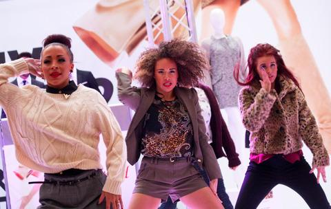Fashionistas flock to Merry Hill's style showcase