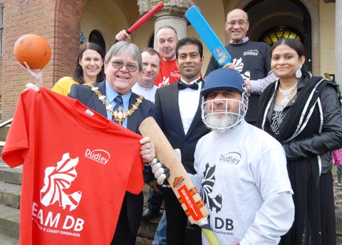 Councillor, council staff and sponsors of Team DB