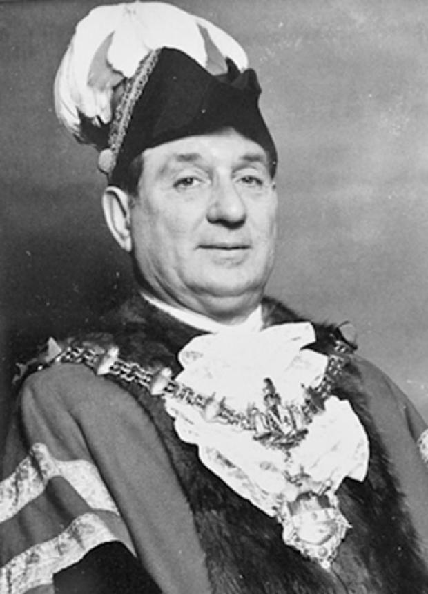 Jack Wilson as Mayor of Dudley - 1975-76.