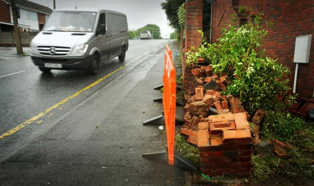 Dudley News: The scene of the tragedy in Netherton this morning