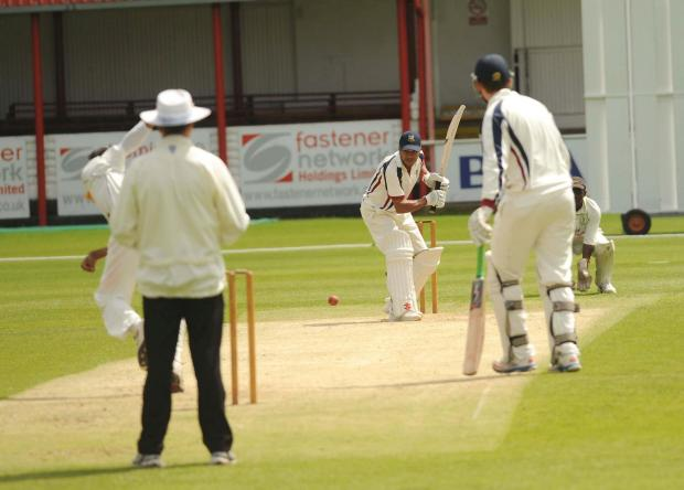 Dudley News: Stourbridge Cricket v  Eastnor action 1 Stourbridge batter Audy Alexander. 261447ET (7432618)