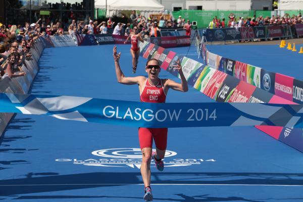 Oldbury's Jodie Stimpson crosses the line to claim Commonwealth gold