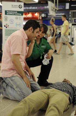 St John Ambulance to equip Dudley shoppers with lifesaving skills