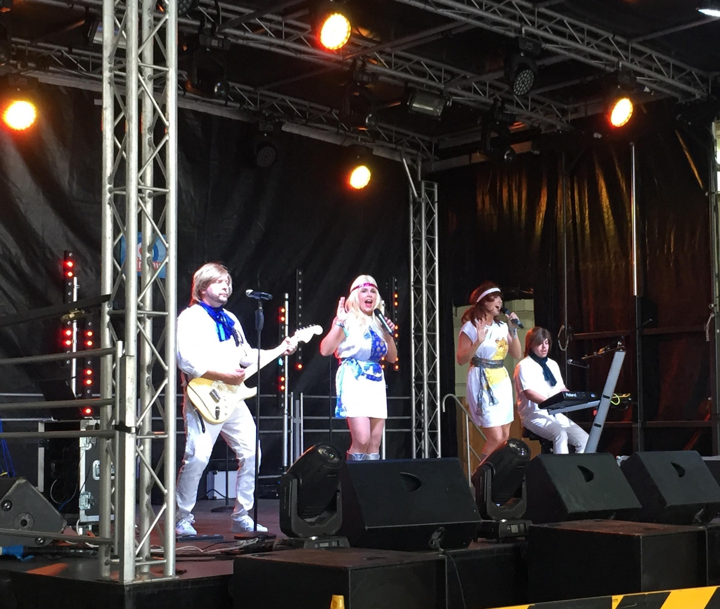 ABBA tribute band ABBA Express