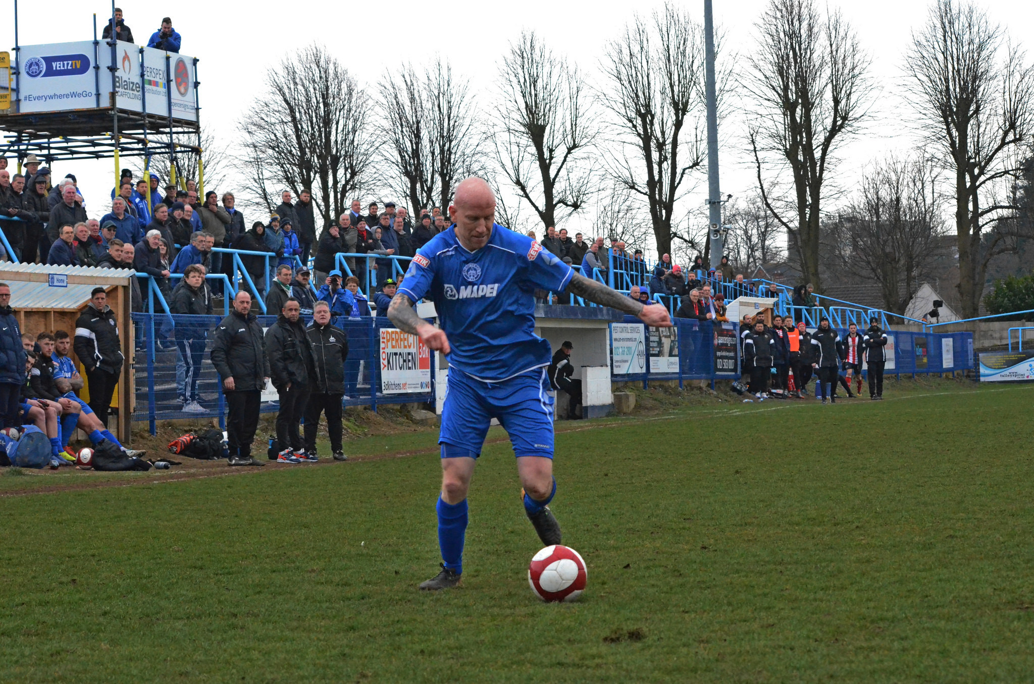 Lee Hughes' Yeltz have a mountain to climb to escape the drop
